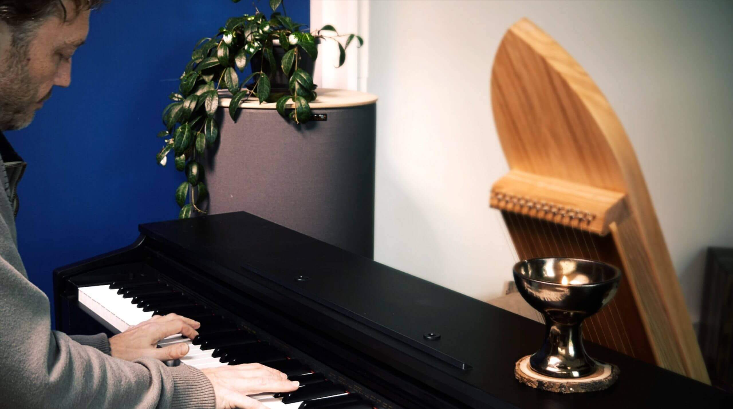 Piano heart meeting